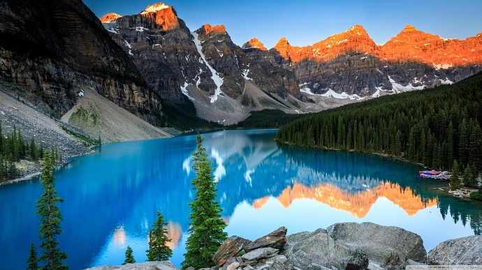 beautiful_moraine_lake_sunrise-wallpaper-1366x768